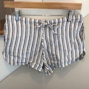 Brandy Melville White w/Blue Stripe Shorts Sz 3